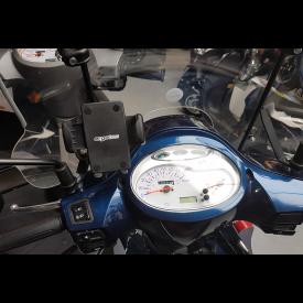 Telefoonhouder voor montage op Windschermbeugel Peugeot Scooter